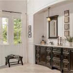 bathroom-cabinets-in-peachtree city-ga-black-shiny-vanity